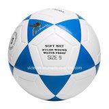 طبع عادة نموذجيّة علامة تجاريّة يشخّص كرة قدم