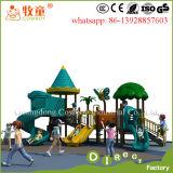 Diapositiva plástica del patio al aire libre plástico de los juegos de los niños