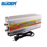 De Omschakelaar van de Macht van de Hoge Frequentie 12V 220V 2000W van Suoer met de Lader van de Batterij (sua-2000C)