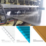 Panneau de pointe de soleil de feuille de toiture de cavité de panneau de Multiwall de feuille de cavité de polycarbonate de PC faisant la machine