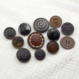 Le cuir noir véritable a couvert le bouton de partie lisse en métal