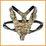 De camouflage Vastgespijkerde Beslagen Uitrusting van de Hond van het Leer van Pu