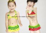 Slijtage van de Kinderen van het Zwempak van de Jonge geitjes van Swimwear van de Meisjes van de Druk van het Fruit van de manier de Zoete