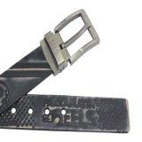 中国の製造者のブラウンの本革はジーンズベルトにベルトを付ける