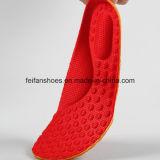 アーチデザイン4Dマッサージの快適な動きのスポーツは蹄鉄を打つ子供(FF628-2)のための靴の中敷に