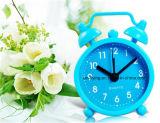 Mini horloge d'alarme de décoration de jumeau de Bell de Snooze de muet de Tableau à la maison multicolore de silicones
