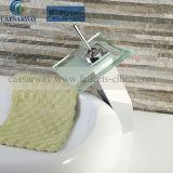 Il nuovo rubinetto lanciato del bacino con la filigrana ha approvato per la stanza da bagno