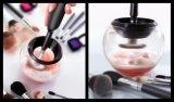 Limpiamiento eléctrico del cepillo del maquillaje y un cepillo de limpiamiento facial más seco