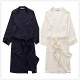 さまざまなサイズで使用できるワッフルの浴衣/パジャマ