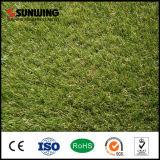 Анти--UV защищенный зеленый искусственний ковер травы для напольного сада