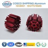 Konkurrierendes Aluminiumprofil für Kühlkörper mit der roten Anodisierung und der maschinellen Bearbeitung