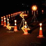 De Lichte Verkeersteken van de LEIDENE Pijl van de Richting voor de Kegel van het Verkeer