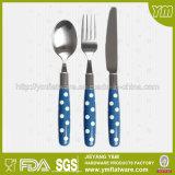 PPのハンドルのプラスチック銀製の食事用器具類