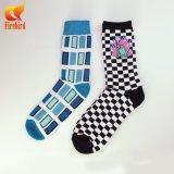 Weiche gekämmte Baumwollkleid-Socken für jungen Mann