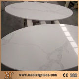 Laje de superfície contínua de quartzo de quartzo artificial branco de Calacatta para a bancada da cozinha