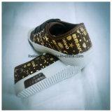 Zapato plano de la impresión de la manera con las materias primas del PVC