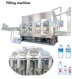 Riga imbottigliante del macchinario di materiale da otturazione dell'acqua potabile della macchina del nuovo modello 2017 dell'animale domestico automatico di trattamento