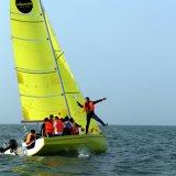 Logotipo personalizado CCS Certificado Fiberglass Sports Sailboat