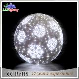 Motiv der Belüftung-Girlande-LED beleuchtet sehr große Weihnachtskugel der Schneeflocke-LED
