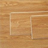 Plancher d'intérieur de vinyle du ménage WPC d'épaisseur de 5.5mm-8mm