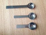 非常に磨かれたステンレス鋼のコーヒー測定の茶スプーン