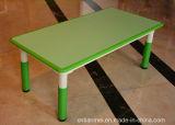 Feuerfestem Material Kindergarten Schreibtisch und Stuhl, Kinder Schreibtisch