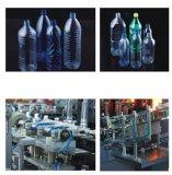 Botella de agua de la botella que hace la máquina