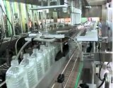Máquina de rellenar líquida del animal doméstico del jugo automático de la botella