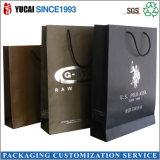 De zilveren het Winkelen van het Document van het Embleem Zwarte Verpakkende Zak van de Kleding van de Zak