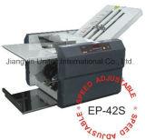 Máquina plegable vendedora caliente Ep-42s de la carpeta de papel semiautomática del producto