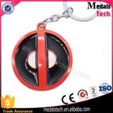Impressão barato de metal epóxi Desfrute de Face Keychain com chaveiro