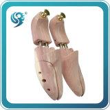 ベンダーの靴の木の人の靴の木