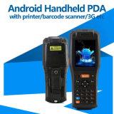 Terminal tenu dans la main androïde avec l'imprimante, scanner de code barres, lecteur de RFID