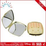 Specchio cosmetico con la piccola componente del metallo per il regalo