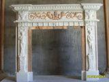 Camino di marmo bianco con la scultura per dell'interno