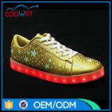 2017普及した様式LEDは大人のための靴をつける