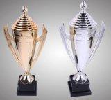 Troféu de prata superior elevado para o competiam e o campeonato