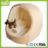 Casa suave del animal doméstico del perro lindo