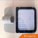 Lámpara solar de las luces de calle del brazo doble LED 21W LED