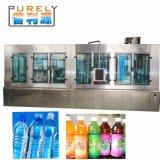 Trois remplissants et recouvrants de lavage automatiques dans une machine de remplissage de l'eau