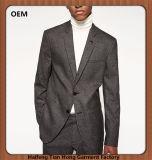 規則的なノッチの折りえりを細くする適当な実業家のスーツをカスタム設計する
