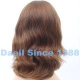 Parrucca ondulata media dei capelli europei con la parte superiore francese legata mano