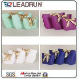Le sac cosmétique enduit promotionnel d'emballage de bijou de transporteur de papier d'art de main pour le tissu cosmétique de bijou Procès-Rectifient les sous-vêtements de produits de santé de cadeaux de chaussures (F89G)