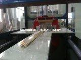 Extrusão do perfil do Trunking do PVC que faz a máquina
