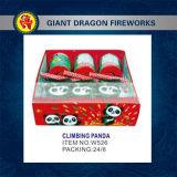 Fuegos artificiales del juguete de los fuegos artificiales de la panda que suben