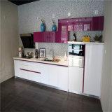 N u. L weiße hohe Glanz-Küche-Möbel mit wenigem rosafarbenem (kc1070)