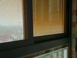 Kz305 het Thermische Glijdende Venster van het Profiel van het Aluminium van de Onderbreking met Blind binnen Dubbel Glas