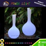 Домашняя декоративная ваза цветка пластмассы освещенная СИД