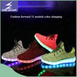 Luz de los zapatos LED de los deportes de las Olimpiadas con el cambio colorido