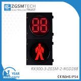Свет движения пешеходов с отметчиком времени комплекса предпусковых операций и красным зеленым человеком